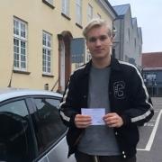 Elev med kørekort fra Hillerød C Køreskole